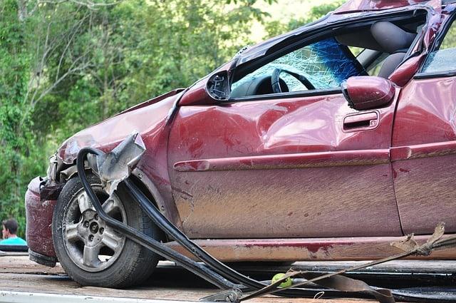 חובות הנהג לאחר תאונת דרכים עם נפגעים